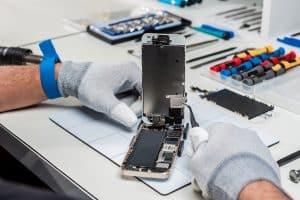 תמונת תיאור לתוכן בעמוד הסיבה העיקרית של החלפת בטריה לאייפון 6 דיל פיקס מעבדה לתיקון סלולרי